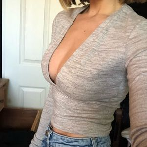 Deep V long sleeved top